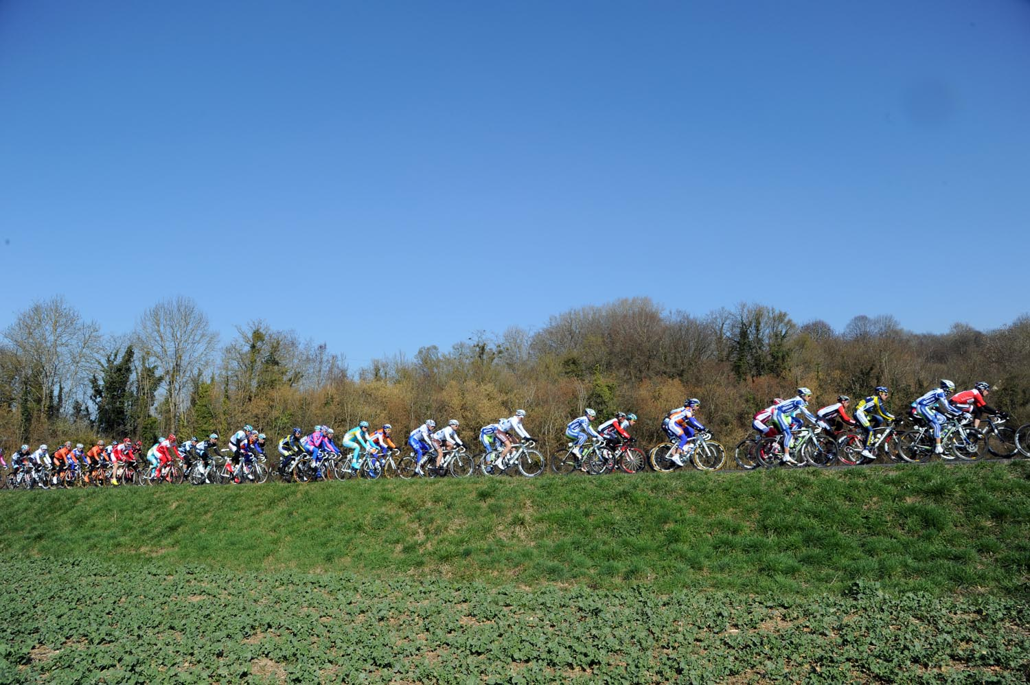 Scenery, Paris-Nice 2011, stage one