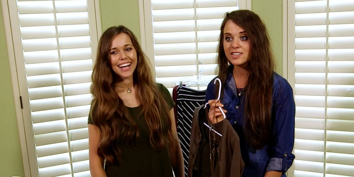 Jessa and Jinger Duggar sharing fashion tips on TLC, skirts.