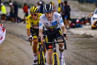 Tour de France 2021 - 108th Edition - 11th stage Sorgues - Malaucene 198,9 km - 07/07/2021 - Jonas Vingegaard (DEN - Jumbo - Visma) - Tadej Pogacar (SLO - UAE Team Emirates) - photo Luca Bettini/BettiniPhoto©2021