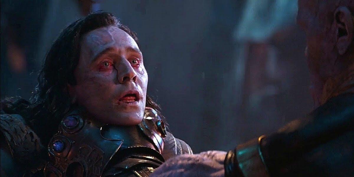 Tom Hiddleston as Loki dying in Avenger: Infinity War