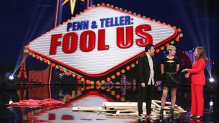 Ramo, Alegria and Alyson Hannigan on The CW's 'Penn & Teller: Fool Us'