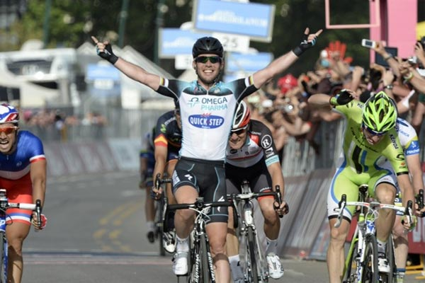 Mark Cavendish wins Giro d'Italia 2013 stage one