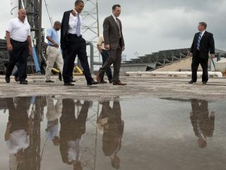 President Barack Obama & SpaceX CEO Elon Musk tour the Cape Canaveral launch facility