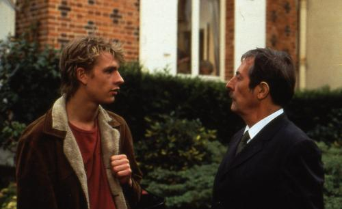 Wild Target - Jean Rochefort's assasin hires Guillaume Depardieu's delivery boy as his assistant in Pierre Salvadori's droll black comedy from 1993
