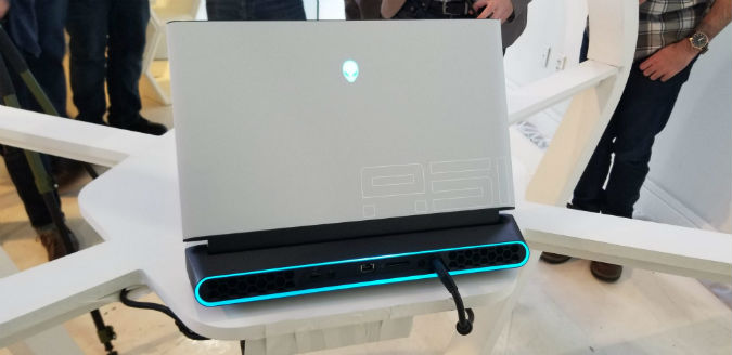 Alienware Area-51m Is the World's First Laptop with