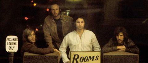 Morrison Hotel (50th Anniversary Deluxe Edition) [VINYL]