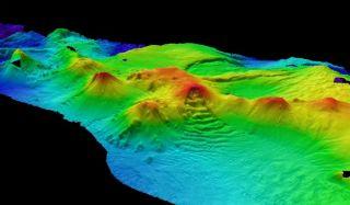 antarctica volcanoes, underwater volcanoes, subsea volcanoes, southern ocean, active volcanoes, antarctic volcanoes