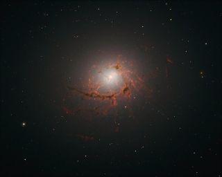 NGC 4696
