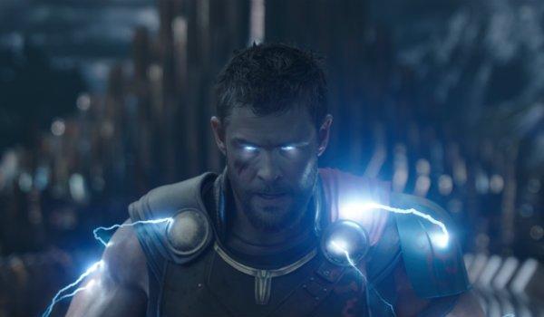 Thor Ragnarok Lightning Chris Hemsworth