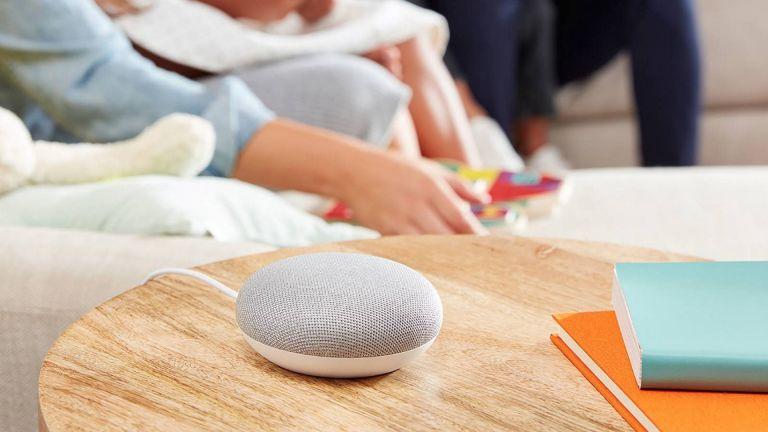 Google Home Mini lifestyle