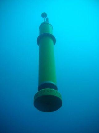 ocean-floats-1-111013-02