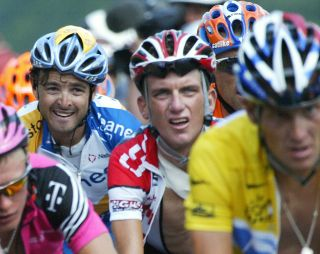 Tyler Hamilton and Lance Armstrong in the 2003 Tour de France