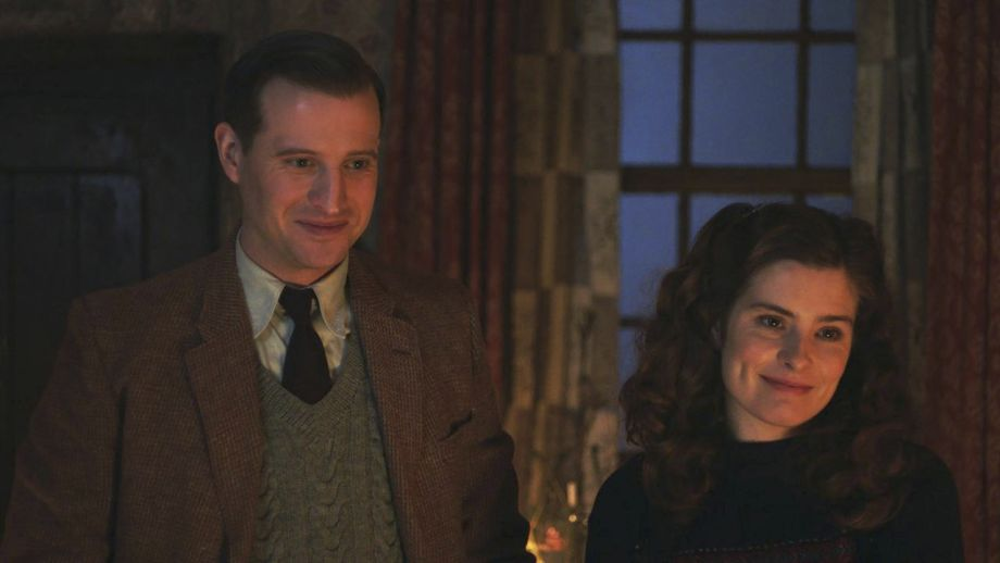 Nicholas Ralph and Rachel Shenton in All Creatures Great and Small