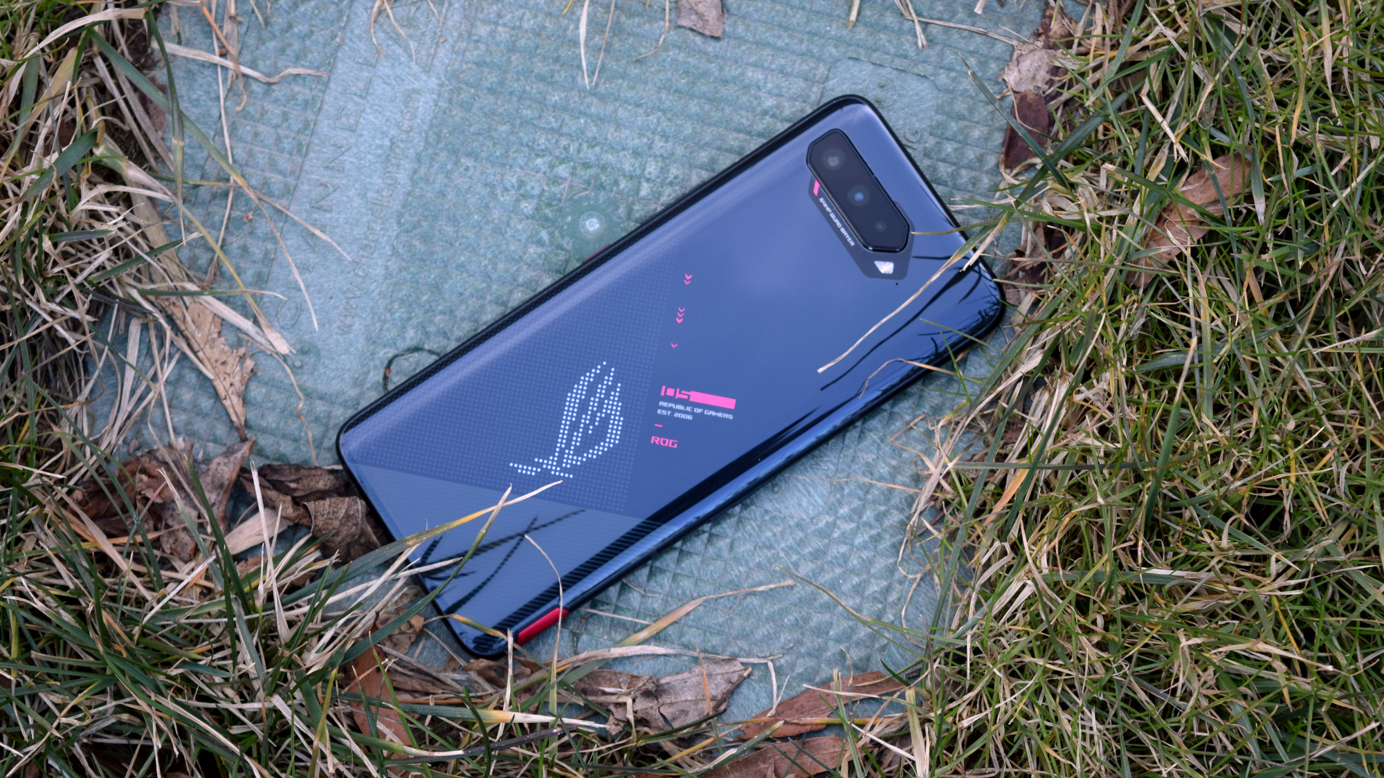 The Best Gaming Phones Of 2021 Tom S Guide
