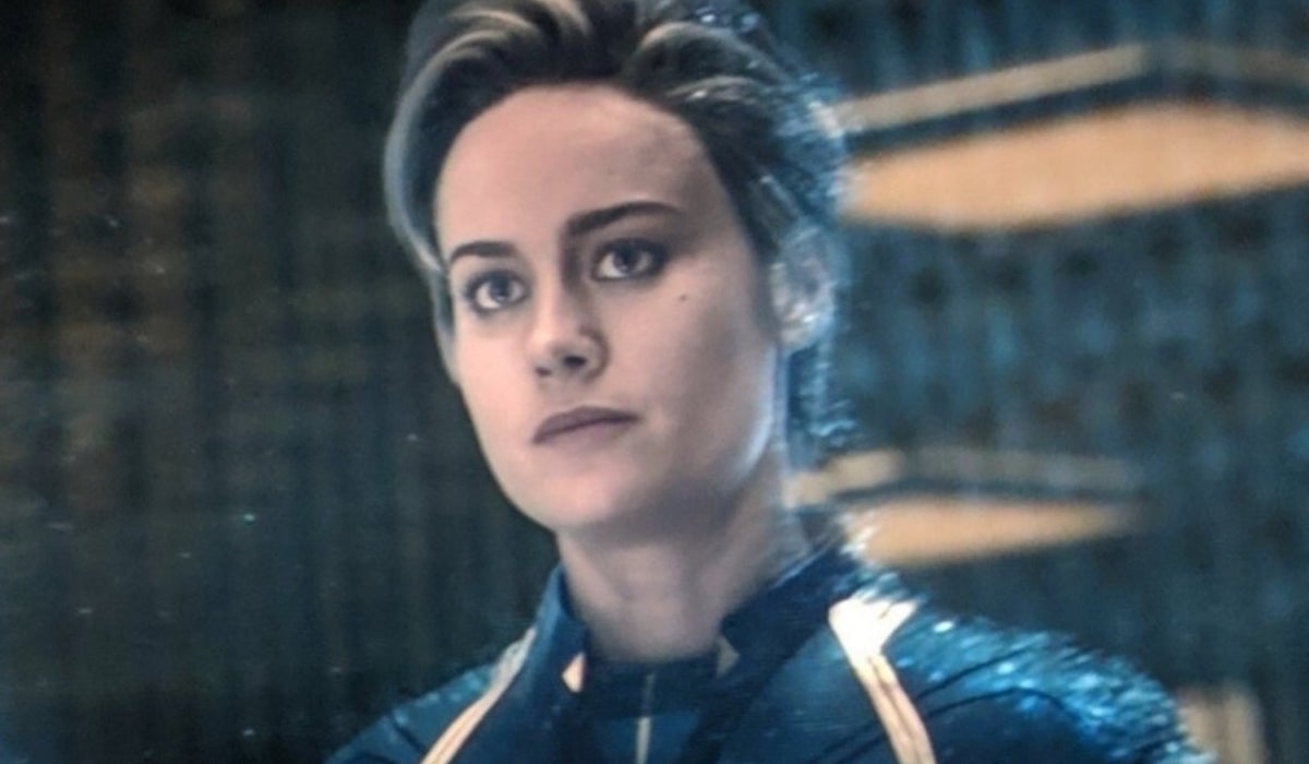 Brie Larson as Captain Marvel in Avengers: Endgame talking to Black Widow