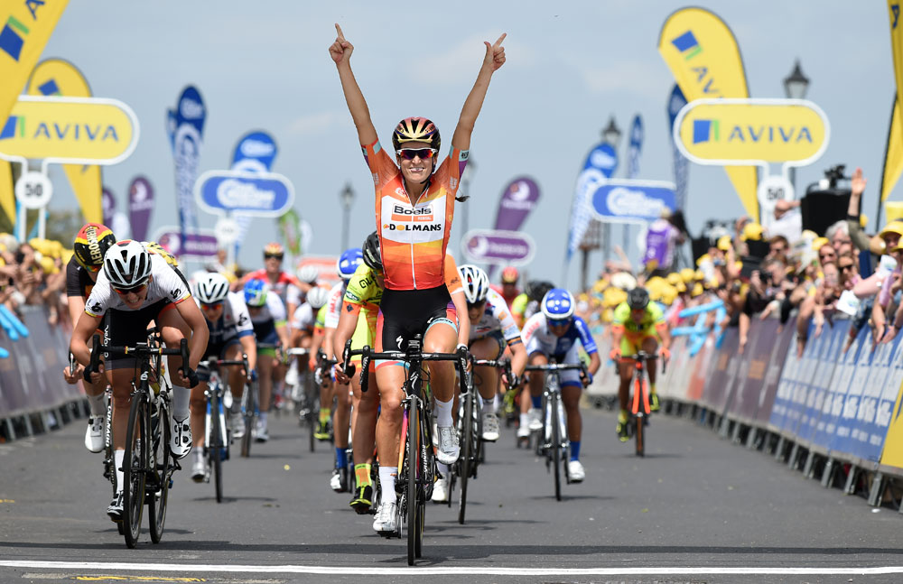 Ambulance For Sale >> Lizzie Armitstead out of Women's Tour after finish line crash - Cycling Weekly