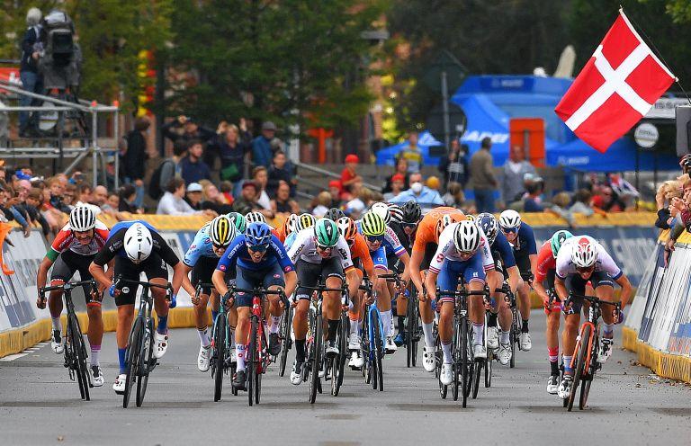 Men's junior road race at Flanders 2021