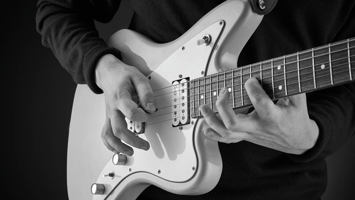 Upgrade your solos by learning CAGED scales
