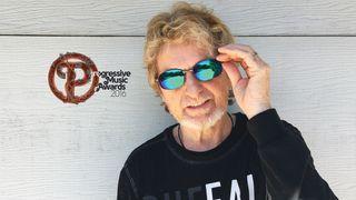 2016 Prog God Jon Anderson wearing mirrored sunglasses