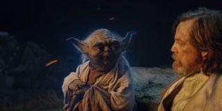 Yoda and Luke Skywalker in Star Wars: The Last Jedi