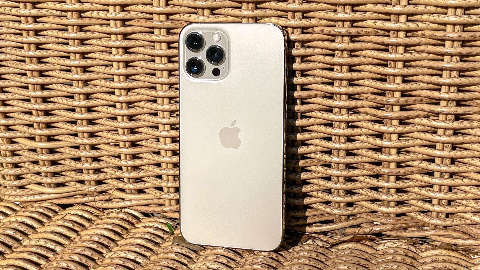 iPhone 13 camera leaks