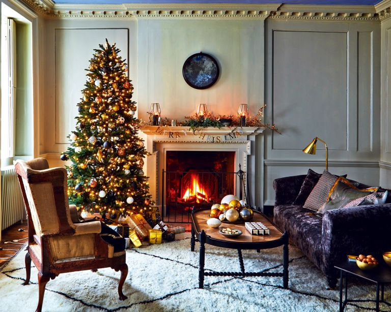 Black Friday Christmas Tree Deals What To Look Out For And Where To Shop The Best Tree Deals Homes Gardens