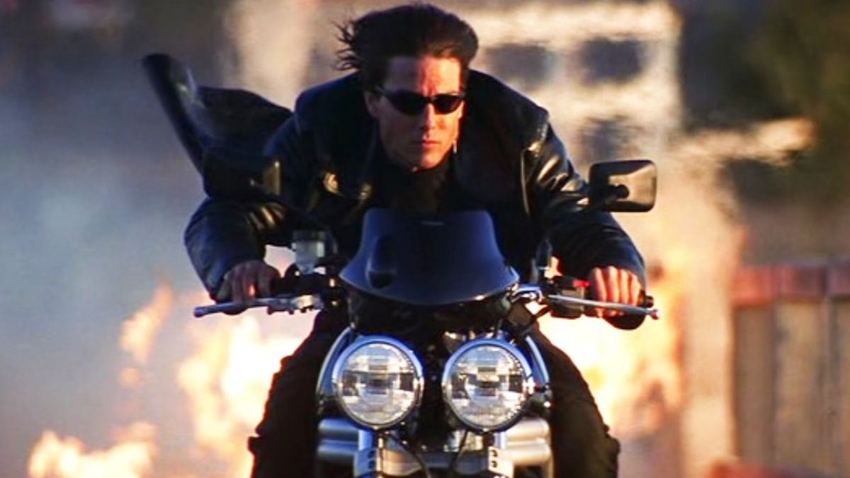 who does tom cruise play in mission impossible