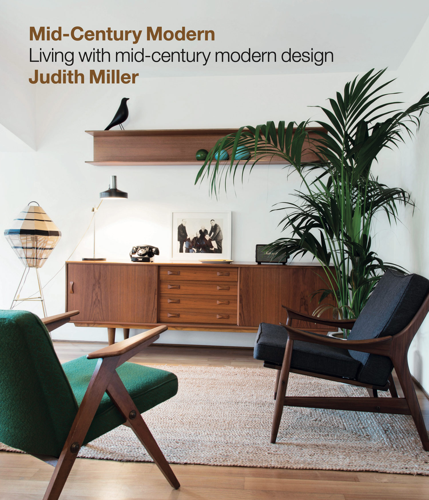 Mid-century modern furniture is often the go-to interiors choice of those in the know, but when the TV show Mad Men hit our screens back in 2007, a new wave of fans fell in love with its alluring aesthetic. Since then it has become an ever-present sight in homes and commercial spaces across the globe.