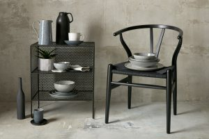 MAKE CONSCIOUS CHOICES IN THE HOME WITH DENBY AND TARA BUTTON