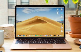 MacBook Air 2019 in Gold