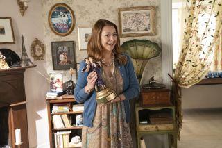 Alyson Hannigan as Phyllis Buckman