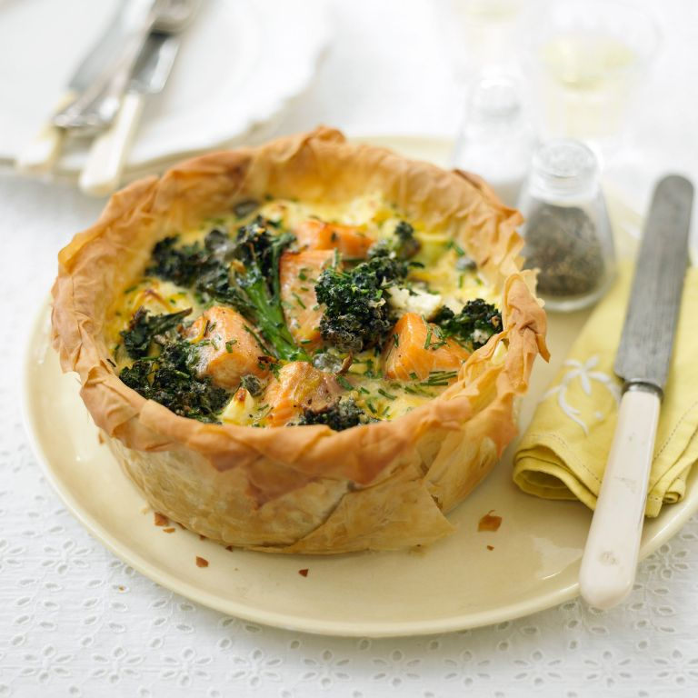 photo of step by step how to make salmon and broccoli tart step final