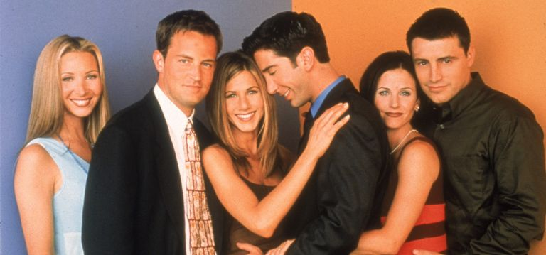 Friends, Jennifer Aniston and David Schwimmer, Promotional portait of the cast of the television series, 'Friends,' circa 1996. L-R: Lisa Kudrow, Matthew Perry, Jennifer Aniston, David Schwimmer, Courteney Cox, and Matt LeBlanc