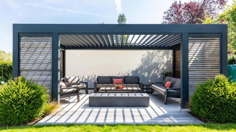 Covered deck ideas: garden house design modern covered deck