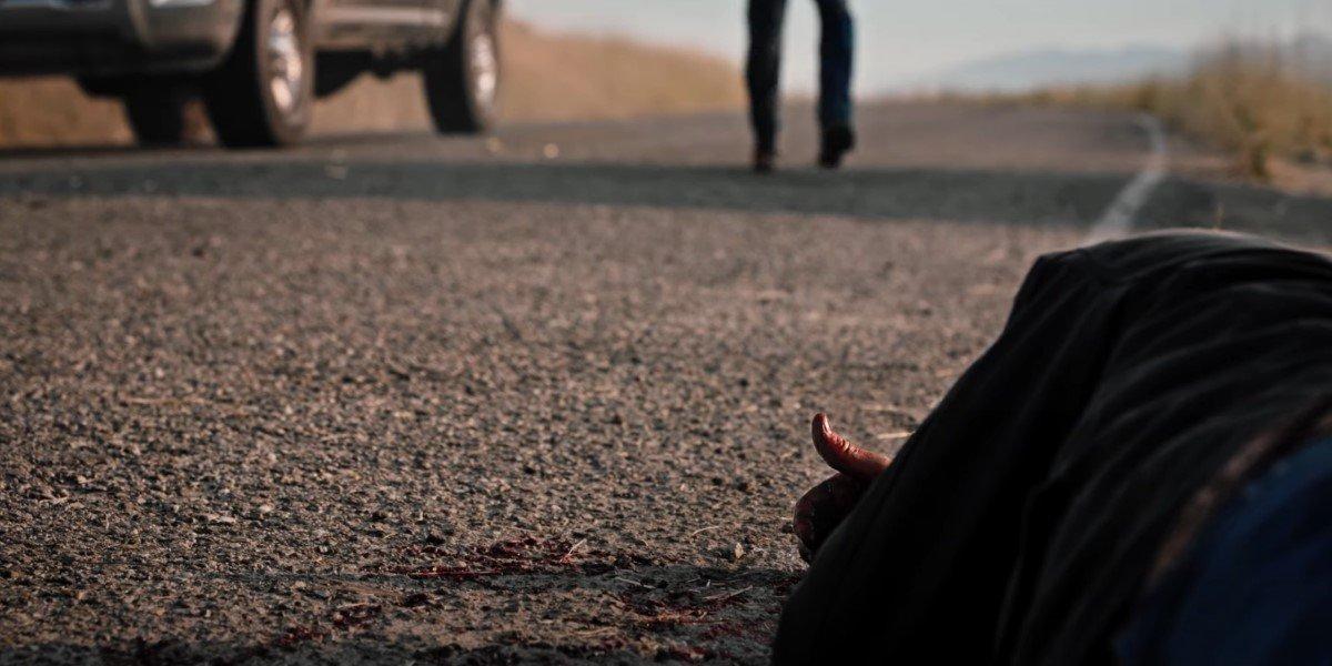 yellowstone john on highway as rip runs up