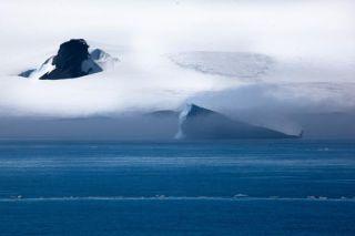 polarstern-antarctic-landscape