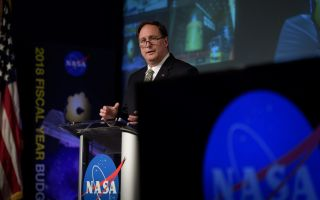 Robert Lightfoot, NASA's acting administrator