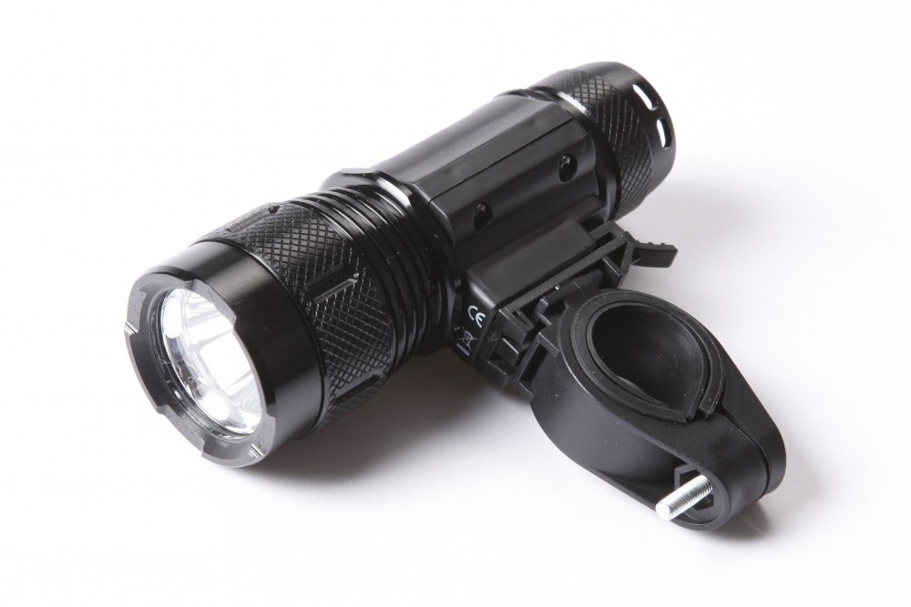 Am Tech Cree Led Front Light Review Cycling Weekly