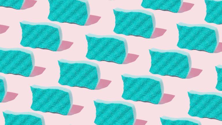 kitchen sponges on a pink backgroud