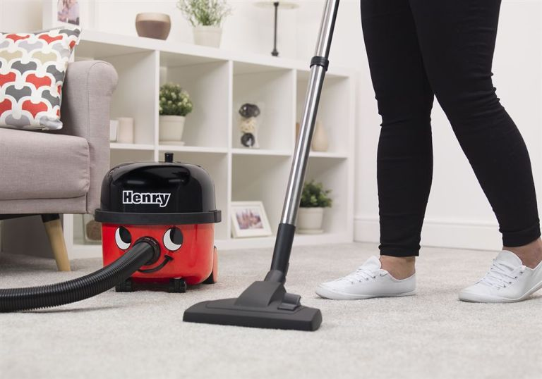 Henry vacuum cleaner HVB160 in use in living room