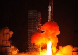 Chinese long March 3C rocket launches Tianllan satellite.