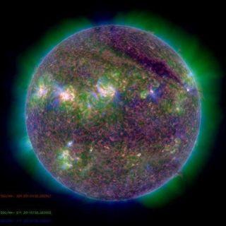 solar-flare-sdo-110804-02