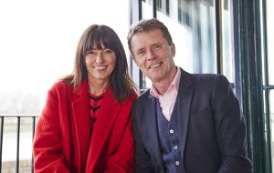 Davina McCall y Nicky Campbell