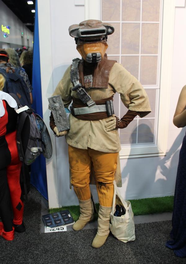 SDCC Costume boussh