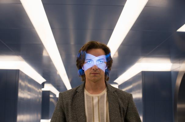 X Men Apocalypse James McAvoy Professor Charles Xavier.jpg