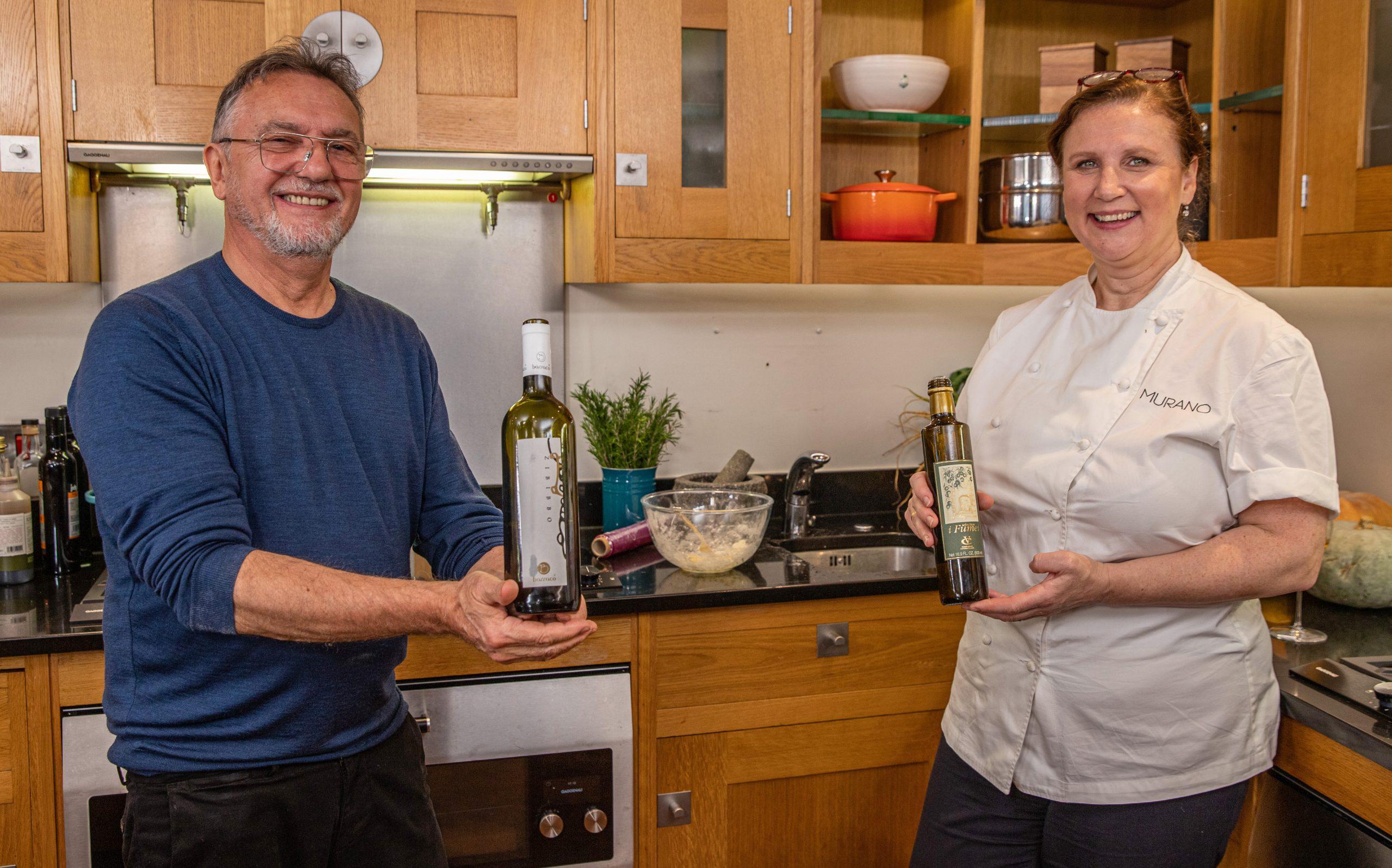 Raymond Blanc y Angela Hartnett en la cocina