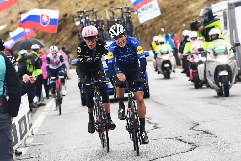 João Almeida, Hugh Carthy and a distant Giulio Ciccone battle on the Passo Giau at the Giro d'Italia 2021