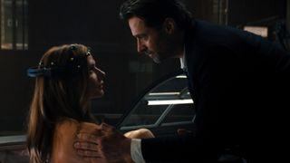 Hugh Jackman and Rebecca Ferguson in Reminiscence