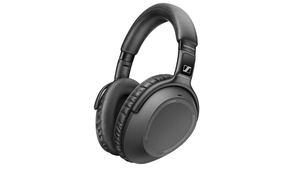 The sennheiser px 550 ii headphones in black
