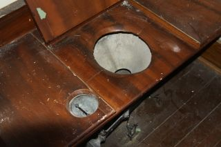 Natchez 1850s bathroom